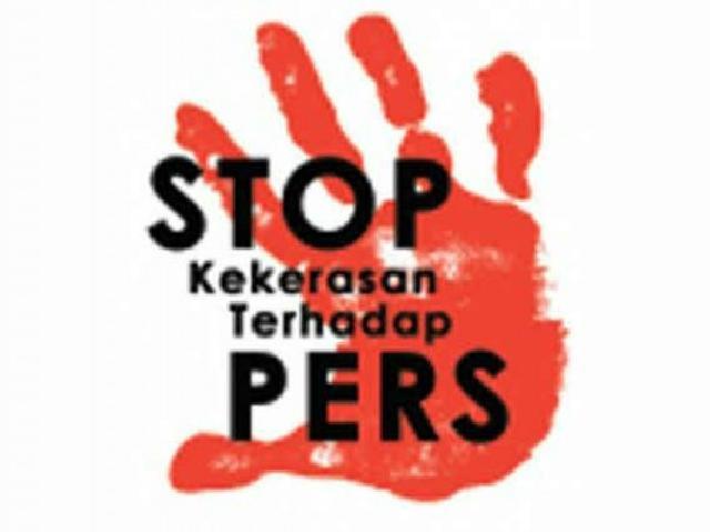 Oknum TNI AU Aniaya Wartawan saat Meliput Berita Blokade Jalan