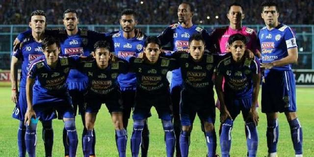 Arema Semifinalis Terakhir Piala Presiden 2015