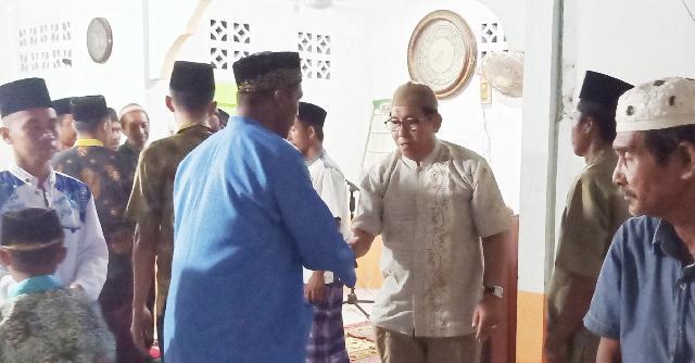 Yulian Norwis Hadiri Silaturahmi Bersama Pengurus dan Jama'ah Musholla Al Falah Desa Insit