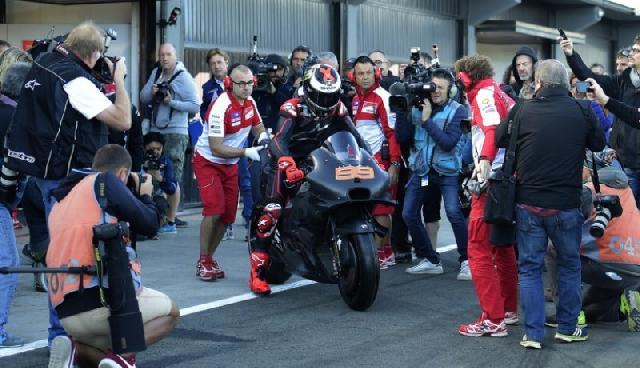 Lorenzo Miliki Musim Yang Baru Bersama Ducati