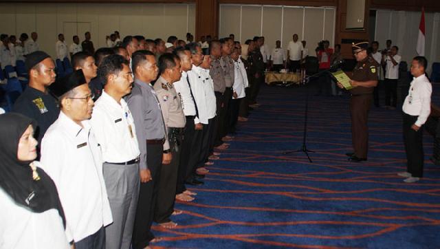 Kajari Rohul Kukuhkan 292 Orang Untuk Tim Satgas Saber Pungli