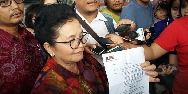 Terkait Korupsi Alkes, KPK Tahan Mantan Menkes Siti Fadilah