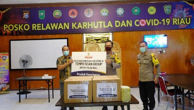 PT Tempo Scan Groups Peduli, Wakapolda Serahkan Bantuan Vitamin Bagi Personel Gugus Tugas Covid-19 P