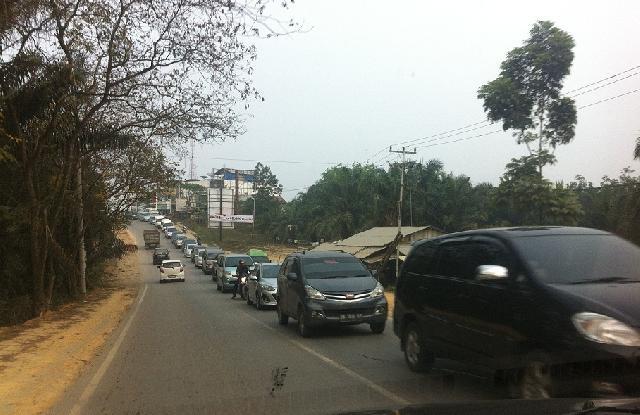 Jalintim KM 55 Pelalawan Masih Sistim Buka Tutup