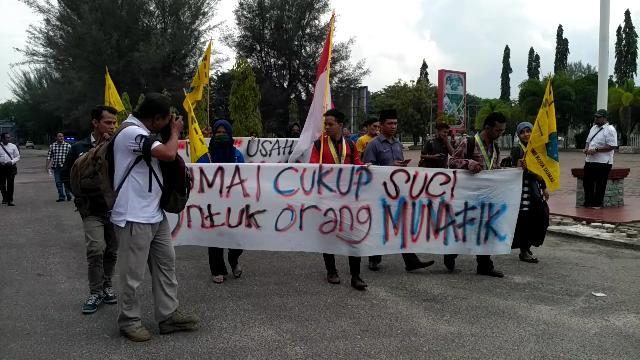 Mahasiswa : Bukan Air Bersih Pak, Kami Cuma Minta Jadikan Dumai Kota Makmur dan Mandani