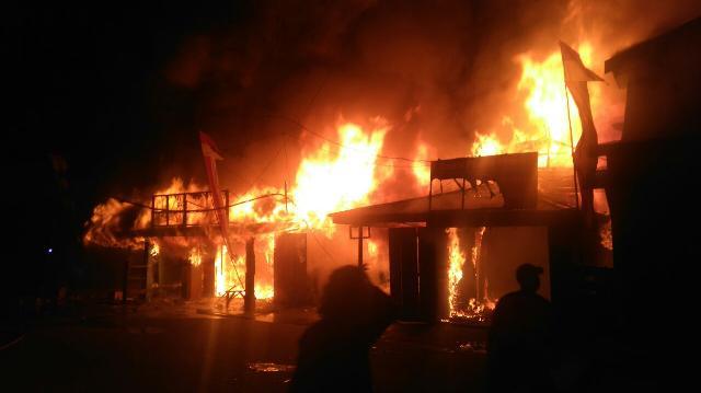 Kebakaran, 8 Unit Rumah di Tembilahan Ludes