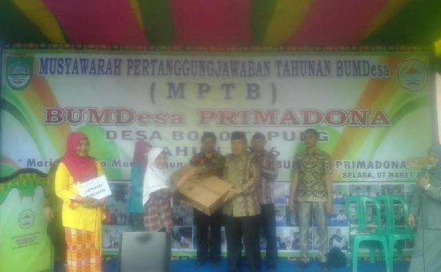 Laba Tahun 2016 BUMDes Primadona Desa Bono Tapung Rohul Mencapai Rp210 Juta