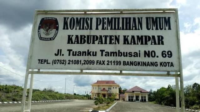 Enam Balon Bupati/Wakil Bupati Kampar Telah Mendaftar ke KPU