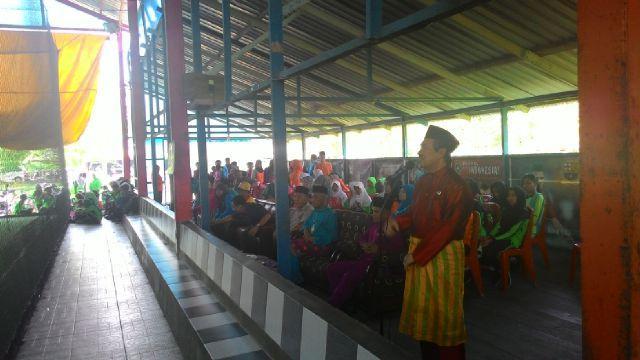 Bupati Siak menginginkan bermain sportif Pada Turnamen Cup III SDN-01