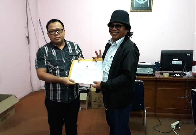 Eddy RM Serahkan 800 KTP Perbaikan Calon Anggota DPD RI ke KPUD Riau