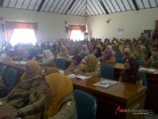 250 Guru Inhu Ikuti Worshop Matematika Dahsyat Indonesia