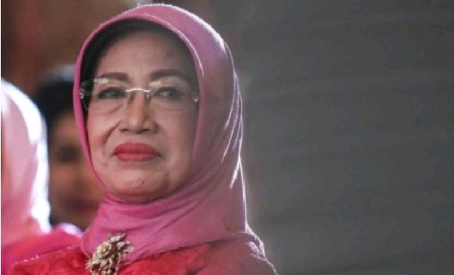 Sujiatmi Ibunda Jokowi Wafat