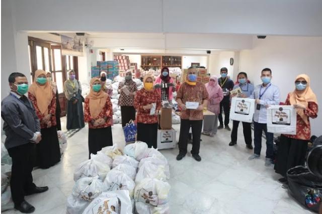 KBRI Lanjutkan Pembagian Bansos untuk WNI di Mesir dan Galang Donasi