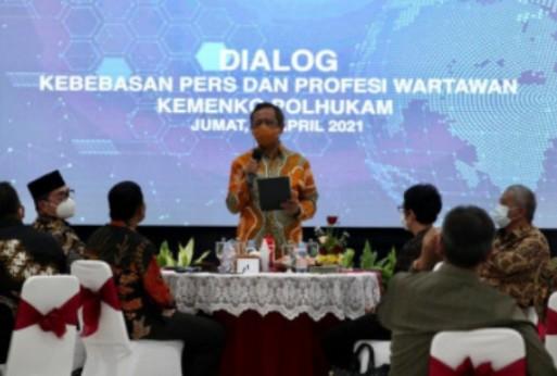 Mahmud MD: Pers Pilar yang Paling Sehat, Kebebasan Pers Tidak Boleh Dilanggar