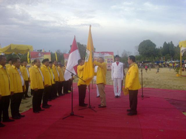 Arsyadjuliandi Rachman Lantik Pengurus DPD II Golkar Pelalawan Periode 2016-2020