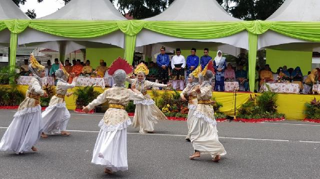 Tampil Memukau,Rombongan Pawai Ta'aruf Meranti Siap Jadi Juara Pada MTQ Ke-37 Tingkat Provinsi Riau