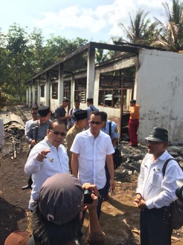 Satu Hari Setelah Terjadi Kebakaran Bupati Meranti Langsung Kunjungi MDA Alkhairiah Dusun Beringin