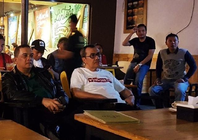 Syamsuar Nonton Bareng Indonesia Vs Malaysia di Pekanbaru