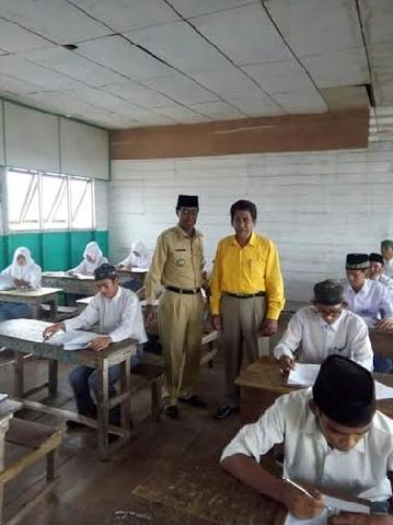 Camat M Idris Pantau Pelaksanaan UASBN