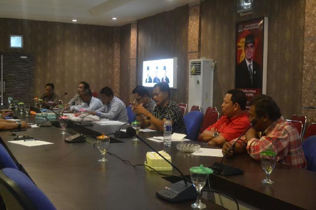 Temui Komisi II DPRD Meranti, Masyarakat Merbau Minta Diagendakan Rapat Bersama Pemda dan PT. EMP
