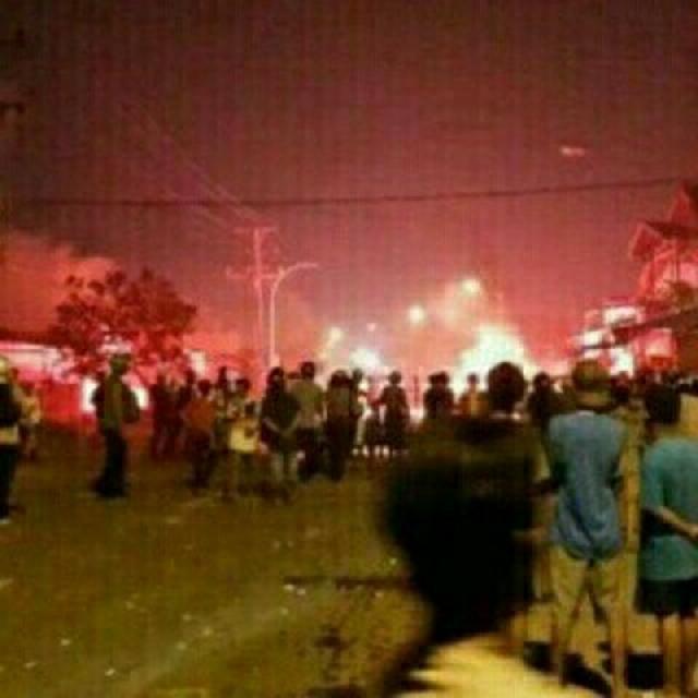 Polisi Diduga Menembaki Massa Saat Terjadi Kerusuhan di Manokwari