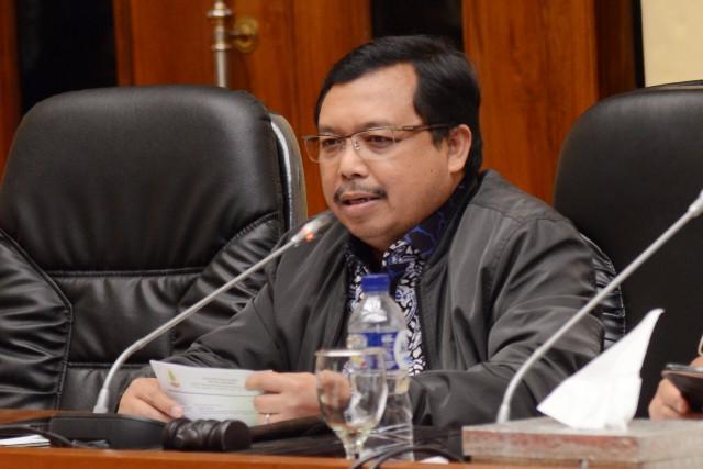 Komisi IV DPR Apresiasi Penghentian Kebijakan Plastik Berbayar