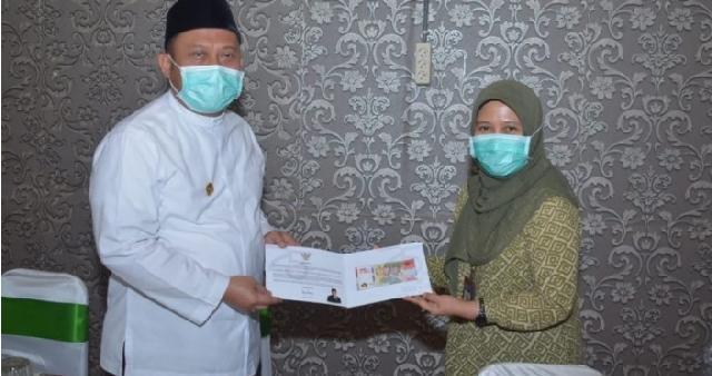 Bupati Kampar Terima UPK 75 Ribu Dari Bank Indonesia