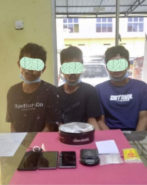 Tiga Pemuda Diciduk Satuan Reserse Narkoba Polres Kuansing