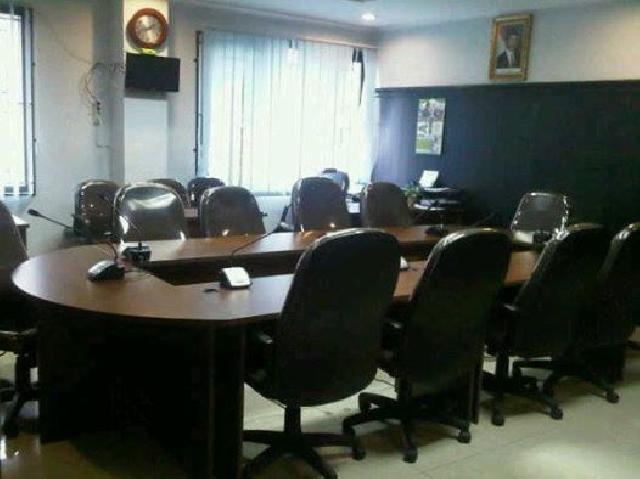 Ke Pekanbaru, Anggota DPRD Kabupaten Muaro Jambi Di Sambut Ruangan Kosong