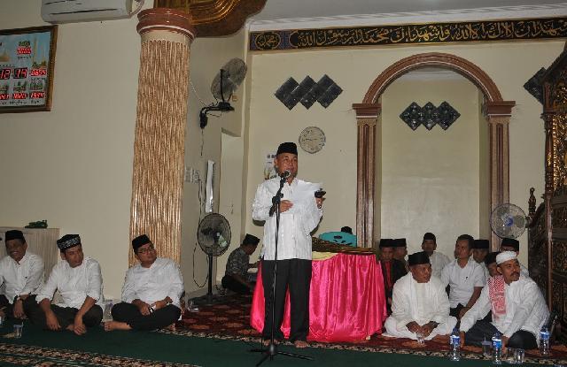 Bupati Pelalawan Tutup Kegiatan Safari Ramadhan di Kecamatan Langgam